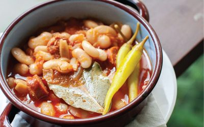 Mongetes with chorizo stew